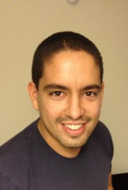 Headshot photo of Mario Nascimento